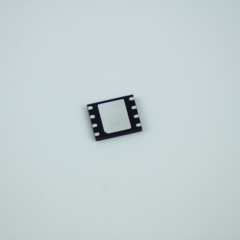 Winbond 25Q64FWIG, 64MBit SPI Flash, WSON-8